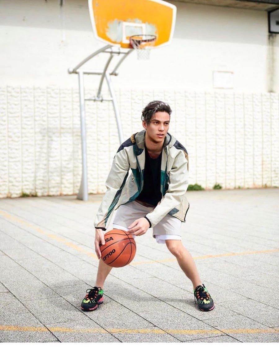 Виртуальный инфлюенсер Лиам играет в баскетбол (Фото: instagram.com)